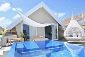 Lux* South Ari Atoll of Maldives