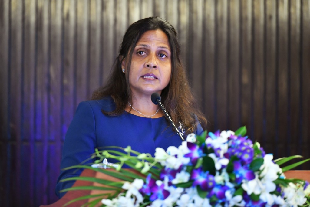 First Lady Fazna