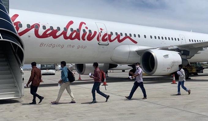 Maldivian, Bangladeshi expats